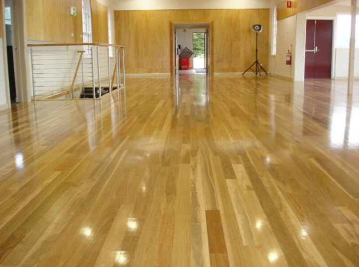 Austimber - timber floor sanding and polishing Northern Beaches, floor coatings and staining, wooden floorboards installation. We GUARANTEE and WARRANTY our work, 20 years experience in the industry and great customer service